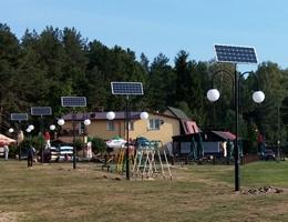 Lampy solarne Decor nad jeziorem w gminie Grodziczno